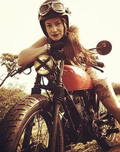Cafes aver girl biker www.motorbikingclub.com                                                                                                                                                                                 Plus