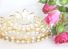 Crown & Roses
