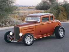 You will ❤ MACHINE Shop Café... 1932 Ford Highboy Five-Window Coupe Feature - Rod and Custom