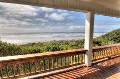 VRBO.com #625344 - Ocean Front Home with Hot Tub on Miles of Sandy Beach! Free Night!
