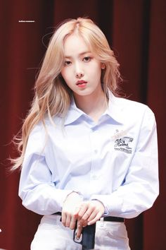 Photo album containing 33 pictures of SinB Kpop Girl Groups, Korean Girl Groups, Kpop Girls, Sinb Gfriend, G Friend, Golden Child, Stage Outfits, Indian Summer, Queen B