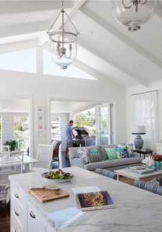 Glamour Coastal Living: Feature Friday: Effortless Elegance in Brisbane Coastal Living Rooms, Home And Living, Coastal Homes, Style At Home, Style Blog, Beach House Decor, Home Decor, Beach Houses, Open Plan Living