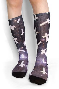 Étoiles champ Croix chaussettes / inversé Croix par DanceMacabre