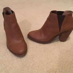 Jessica Simpson Booties in Tan Super cute and comfy Jessica Simpson booties with a 2.5 inch sturdy wooden heel. Easy to dress up or down and are in very good condition.  The tan color goes with everything! Jessica Simpson Shoes Ankle Boots & Booties