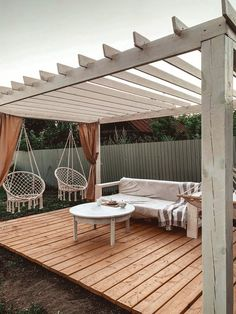 Pergola Alu, Deck With Pergola, Backyard Pergola, Pergola Plans, White Pergola, Backyard Landscaping, Gazebo, Backyard Patio Designs, Diy Patio