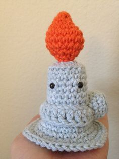 Meet Bernie, the Crochet Amigurumi Bunsen Burner . Get The Pattern To Make Him! Bernie, the bunsen burner is perfect for teachers, students and scientists! Made and shared by Javelin aka primandplush. Cute Crochet, Crochet Toys, Knit Crochet, Amigurumi Patterns, Knitting Patterns, Crochet Patterns, Bunsen Burner, Science Crafts, Wool Fabric
