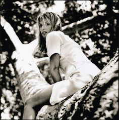 Nastassia Kinski, Bel Air 1995 by Anton Corbijn Joy Division, Miles Davis, Clint Eastwood, Nastassja Kinski, Enjoy The Silence, David Bowie, Video Artist, Juergen Teller, Black And White