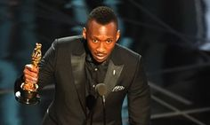 Mahershala Ali Becomes The First Muslim Actor To Win An Oscar
