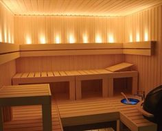 Each pattern begins with a steam bath, and its interior should be to equip a very comfortable and cozy. The sauna and steam all should be harmonious, in the bath are not welcome flashy and fanciful shapes, and bright colors are not welcome. The sauna… Sauna A Vapor, Sauna Seca, Indoor Sauna, Traditional Saunas, Sauna Design, Finnish Sauna, Sauna Room, Basement Sauna, Spa Rooms