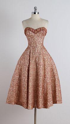 Two Sugars . vintage 1950s dress . vintage by millstreetvintage