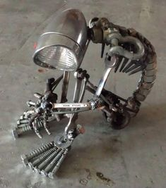 Mcdanel – Steampunk sculptures Metal Art I am waiting for this lamp, to get up and walk!Metal Art I am waiting for this lamp, to get up and walk! Metal Projects, Welding Projects, Metal Crafts, Art Projects, Welding Ideas, Project Ideas, Sculpture Metal, Art Sculptures, Sculpture Ideas