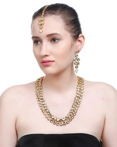 Product Features : Color: Gold Material: Kundan Product Size: 29 cm x 12 cm cm x 2 cm Product Care: Keep Away From Moist Fashion Jewelry Stores, Fashion Jewellery, Necklace Set, Pearl Necklace, Kundan Jewellery Set, Jewelry Sets, Women Jewelry, Gold Material, Jewels