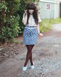 Cute vintage outfit!
