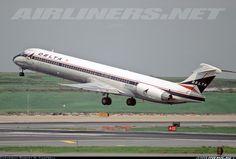 Delta Air Lines N903DE McDonnell Douglas MD-88 aircraft picture