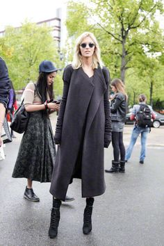 Love this long oversized jacket. Looks comfortable as well as looking great!!