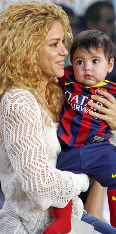 Shakira & Baby Milan Cheer on Gerard Pique!