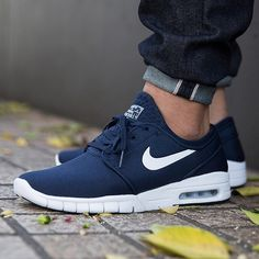 Nike casual shoes for men sneakers for men nike casual shoes for mens australia Gents Fashion, Mens Fashion Shoes, Style Fashion, Fashion Women, Fashion Outfits, Tops Nike, Nike Trainer, Nike Air Max, Nike Sb