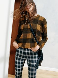 "madewell inkcheck plaid sweater worn with the 9"" high riser skinny skinny jeans in bristow plaid, the lafayette bucket bag + leather tassel. #denimmadewell"