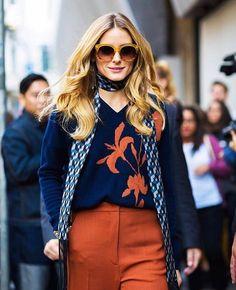 今天就跟 @oliviapalermo 一樣穿上70年代嬉皮感覺的秋裝吧!tips:大墨鏡和絲巾是點亮造型的好幫手⚡️ #repost #ootd #oliviapalermo @whowhatwear #streetstyle #streetfashion #ootdfashion