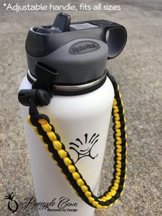 Don't like the cord yellow thing. I really like having the suction top for a change with my hydro flask. Nice to mix up having this top and the twist top