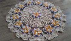 tapete de barbante flor caracol com escamas