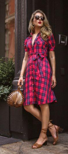 The Summer to Fall dress you need to score on sale! Fall Dresses, Cute Dresses, Casual Dresses, Flower Dresses, Nyc Fashion, Girl Fashion, Womens Fashion, Street Fashion, Tartan