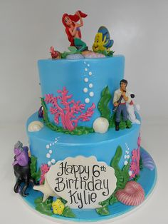 The Little Mermaid cake - I want this, even as an adult. :(
