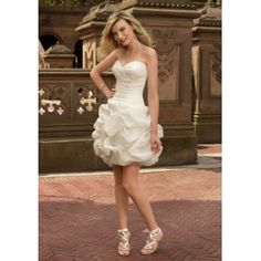 Organza Strapless Sweetheart Neckline with Rouched Bodice in Ball Gown Pick up Short Cocktail length 2011 Hot Sell Beach Wedding Dress WL-0150  £132.30