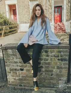 Jessica - Girls' Generation, May Issue of Cosmopolitan Jessica & Krystal, Krystal Jung, Kpop Fashion, Korean Fashion, Womens Fashion, Selfies, Girls Generation Jessica, Jessica Jung Fashion, Kpop Mode