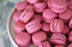 Com uma pitada de açúcar...: Chá da Tarde e Macarons de Chocolate Branco e Framboesas