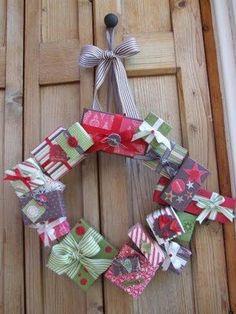 Gift Box Wreath> kleine Gechenke als Deko-Elemente