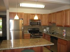 BEAUTIFUL NEW kitchen cabinets, granite, stainless steel appliances, tile floors Tommy Bahama Beach Chair, Family Pool, Pool Bathroom, Convertible Bed, New Kitchen Cabinets, Stainless Steel Appliances, Beach Chairs, How To Level Ground, Washer And Dryer