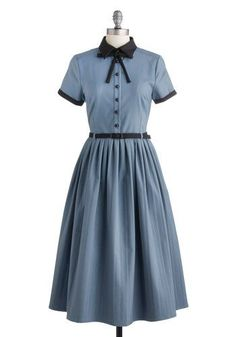 1940s style dress- late 40s with full skirt- Muse Your Instincts Dress  http://www.vintagedancer.com/1940s/1940s-womens-clothes/
