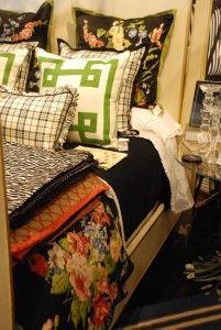 Ralph Lauren really knows how to do florals! #nellhills #spring #bedding with nellhillsblog.com