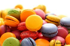 Macarons, Easter Eggs, Mango, Fruit, Food, Manga, Essen, Macaroons, Meals