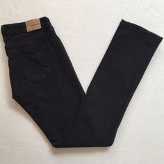 """▪️SALE▪️Anchor Blue' Black Jasmine Jeans Black bootcut Anchor Blue """"Skinny Jasmine"""" jeans. Straight leg jeans. Excellent condition. Tag reads size """"15"""" which is like a 14/16. Anchor Blue Jeans Boot Cut"""