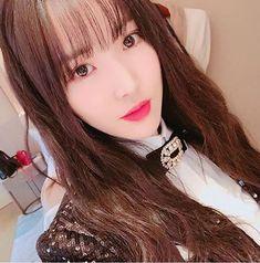 "JustsmileOt6_gfriendofficialⓂ on Instagram: ""Yuju made me Shook #gfriend #yuju #choiyuna #Taiwan #concert #japan #Debut #asiangirls #korea #girlgroup #kpop"" Kpop Girl Groups, Korean Girl Groups, Kpop Girls, Sinb Gfriend, Gfriend Sowon, Extended Play, Latest Music Videos, Cloud Dancer, Entertainment"