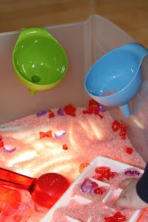 Holly's Arts and Crafts Corner: Sensory Light Table: Valentine Sensory Bin