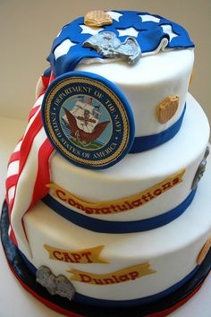 Navy cake (can you say welcome home Brandon) Army Cake, Military Cake, Beautiful Cakes, Amazing Cakes, Retirement Cakes, Retirement Ideas, Call Of Duty Cakes, Marine Cake, Navy Cakes