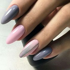 pale pink and grey nails