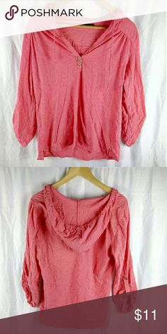 Size Large Gap Pink Hooded T-Shirt This shirt is in great condition.   SKU:19 Gap Tops Tees - Long Sleeve