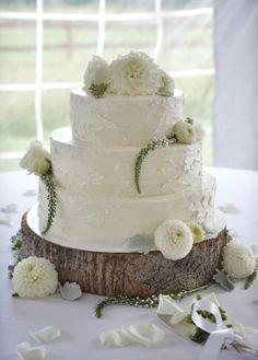 Handmade North Carolina Wedding Wedding Real Weddings Photos on WeddingWire Wedding Cake Cookies, Wedding Cake Decorations, Wedding Decor, White Wedding Flowers, Wedding Cakes With Flowers, White Flowers, Wedding Bouquets, Pretty Cakes, Beautiful Cakes