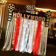 Back drop Hollywood Hollywood Sweet 16, Old Hollywood Theme, Deco Cinema, Cinema Party, 16th Birthday Decorations, Birthday Party Themes, Movie Night Party, Movie Nights, Hollywood Decorations