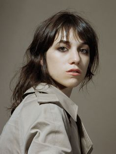Charlotte Gainsbourg photographie Horst Diekgerdes,like this make up style