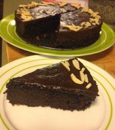 Kris' Kitchen: The Culinary Journey of Koko B.: Kidney Bean Chocolate Cake