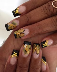 Unhas de ano novo fáceis, veja Gold Nail Art, New Nail Art, Cute Acrylic Nails, Glitter Nails, Gold Nail Designs, Colorful Nail Designs, Cute Nail Designs, Christmas Nail Art Designs, Christmas Nails