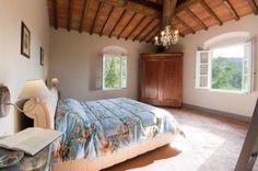 Тосканская вилла с панорамным видои и бассейном . Продажа и аренда