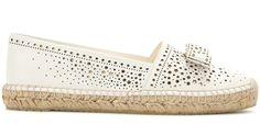 Salvatore Ferragamo Espadrilles en cuir perforé Galaxy Miko http://www.vogue.fr/mariage/shopping/diaporama/espadrilles-blanches-en-dentelle-mariage-chaussures-de-mariee/33793#salvatore-ferragamo-espadrilles-en-cuir-perfore-galaxy-miko