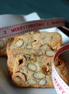"""Ancora biscotti.... Insomma...si è capito che """"biscotto"""" a tutta forza? Dopo i cantucci fichi e cioccolato (che non sono arrivat..."""