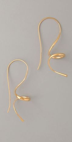 gold curly earrings